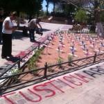 México no merece un premio por su servicio público, dicen padres de víctimas de ABC