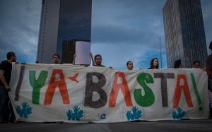 Aspectos de la marcha #NoMásPoderAlPoder, contra la reforma en telecomunicaciones