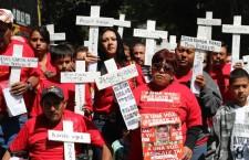 Familiares de mineros caídos en Pasta de Conchos | Foto: César Martínez