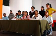 Integrantes del CECOP y Abel Barrera, CDHM Tlachinollan en conferencia de prensa | Foto: Alina Vallejo