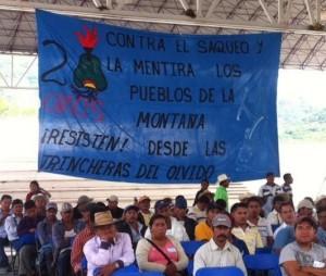 Durante los festejos del 20 aniversario de Tlachinollan