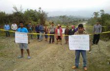 Bloquean pozos petroleros para denunciar fracking en Los Tarros, Puebla