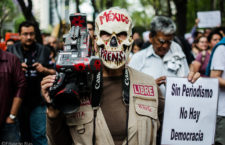 25 de Marzo 2017.- Gremio periodístico se manifiesta afuera de la PGR para exigir justicia por el asesinato de Miroslava Breach en la Ciudad de México.