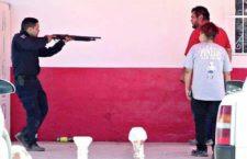 Policía reprime violentamente manifestantes en Sonora: hiere a niños y mayores y detiene a 37