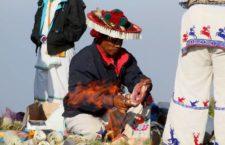 Resistencia wixárika culmina la primera etapa de lucha contra mineras mediante ceremonia en Wirikuta