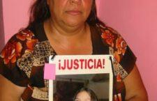 """""""Los más descuidados en esta lucha que ya tiene años son los hijos de las jóvenes asesinadas y desaparecidas"""" : Norma Andrade"""