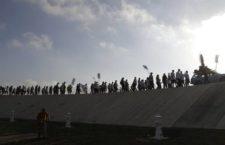 Centenares marchan en Texas hacia el río Bravo contra la construcción del muro