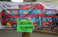 Marchan en Reforma contra L7 del Metrobús