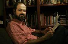 """""""La desaparición forzada de los 43 golpeó una fibra muy honda del país. ¿Qué se puede esperar de una nación donde los futuros maestros rurales se someten a esa desgracia?"""": Juan Villoro"""