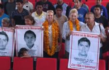 Defensoras de derechos humanos estadounidenses visitan Guerrero; se reúnen con familias de los 43