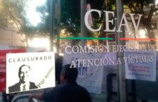 """Colectivos """"clausuran"""" las instalaciones de la CEAV"""