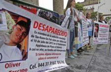 Tras promulgación, exigen familias participación en la implementación de la ley de desaparición