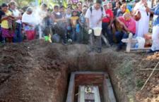Último adiós a doña Minerva Bello, madre de uno de los 43