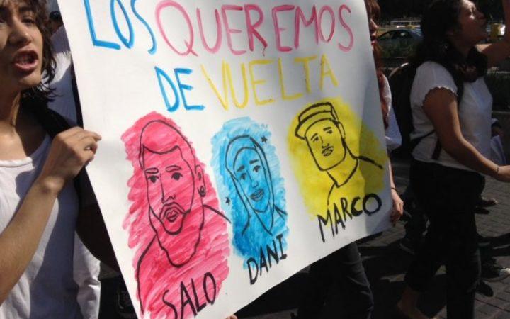 IMAGEN DEL DÍA | Marchan en Jalisco para exigir la localización de 3 estudiantes