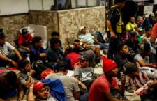 IMAGEN DEL DÍA | Desalojan a integrantes de la Caravana Migrante 2018