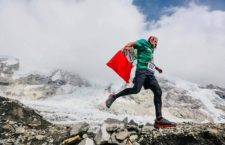 IMAGEN DEL DÍA | Mexicano recorre el Everest en memoria de los niños ABC