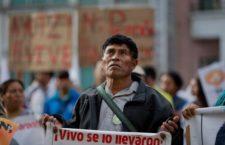 Ayotzinapa: condenan familias y organizaciones fallo que niega Comisión Investigadora