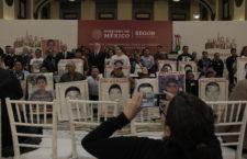 """Emisión del decreto presidencial, """"nueva etapa"""" para las familias de Ayotzinapa"""