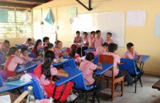 IMAGEN DEL DÍA | Dona ACNUR mobiliarios a escuelas chiapanecas solidarias con los refugiados