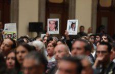 Reinstalan Comisión Nacional de Búsqueda; familias vigilarán cumplimiento de compromisos