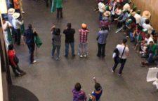 IMAGEN DEL DÍA | Irrumpen ex braceros en SRE; exigen respuesta a queja en la CIDH