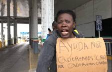 IMAGEN DEL DÍA | Protesta de africanos moviliza a cuerpos de seguridad en ambos lados de la frontera