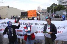 IMAGEN DEL DÍA | Protestan por desabasto de medicamentos contra VIH/Sida