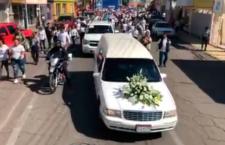 IMAGEN DEL DÍA | Recepción en Meoqui, Chihuahua, de los restos del estudiante Norberto Ronquillo
