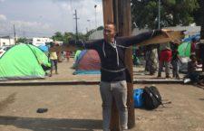 """FRASE DEL DÍA   """"Siglo XXI no es una estancia, es una prisión"""": migrantes cubanos"""