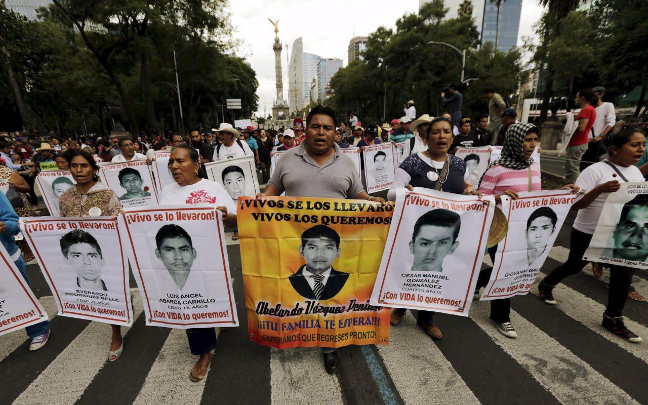 BAJO LA LUPA | Ayotzinapa, entre el dolor y la esperanza, por Mario Patrón