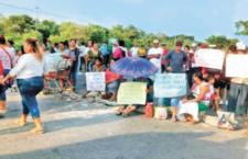 IMAGEN DEL DÍA | Cierran carreteras para exigir reconstrucción en Oaxaca