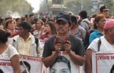 Ayotzinapa: Arropan CIDH y ONU a familias de normalistas en quinto aniversario de la desaparición