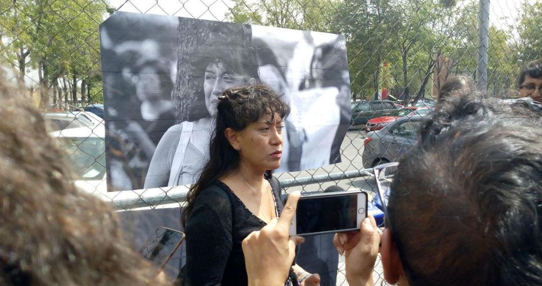 """FRASE DEL DÍA   """"Sabemos que el tiempo que pasa es la verdad que huye"""": mamá de Lesvy Berlín"""