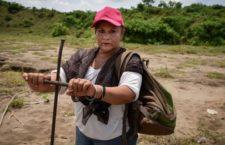 BAJO LA LUPA | La feminización de la búsqueda de las personas desaparecidas, por Paula Cuellar