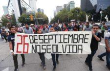 IMAGEN DEL DÍA | Marchan padres de los 43 normalistas a 61 meses de Ayotzinapa
