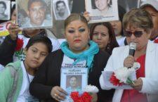BAJO LA LUPA   Desaparición de personas y el México del futuro , por Jan Jarab