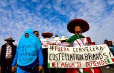 IMAGEN DEL DÍA | Baja California: Marchan ciudadanos contra cervecera