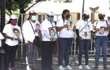 IMAGEN DEL DÍA | Reclaman en Guerrero la localización de 600 personas