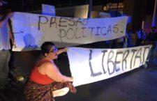 IMAGEN DEL DÍA | Marcha de mujeres culmina con represión de la policía de Ciudad Juárez