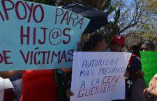 HOY EN LOS MEDIOS   10 de febrero