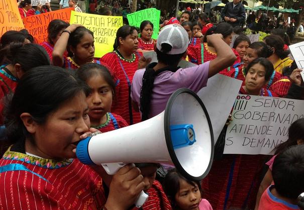 Triquis de Santiago Juxtlahuaca cumplen 10 años desplazados