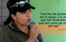 """""""Les doy las gracias por el apoyo y la voz que han levantado, que son como las olas del mar"""": Nestora Salgado"""