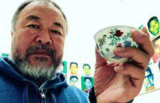 """FRASE DEL DÍA   """"Como ciudadano, como artista o como político, uno debe hacerse una simple pregunta, que se diga la verdad, ¿qué pasó realmente?"""": Ai Weiwei sobre Ayotzinapa"""