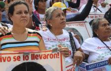 BAJO LA LUPA   Ayotzinapa a seis años, por Mario Patrón