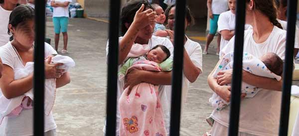 BAJO LA LUPA | Aumentan 24.6% mujeres presas sin sentencia, por México Evalúa