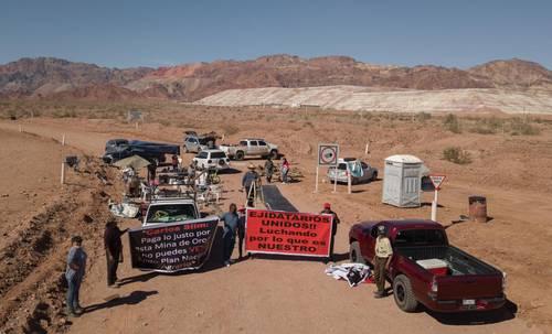 ? Desde el 27 de enero la mina Real de Ángeles está bloqueada por propietarios de alrededor de 3 mil 500 hectáreas que renta Grupo Frisco para extraer oro y plata, pues no han llegado a un acuerdo para renovar el contrato de arrendamiento.