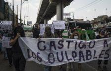 IMAGEN DEL DÍA | Protestan contra corrupción tras desplome en línea 12