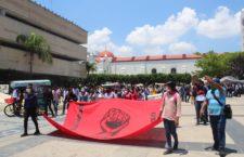 IMAGEN DEL DÍA   Plantón en Chiapas para exigir liberación de estudiantes