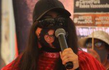 """FRASE DEL DÍA   """"Espero que no sea una simulación y teatro más"""": María Elena Ríos sobre búsqueda de su agresor"""