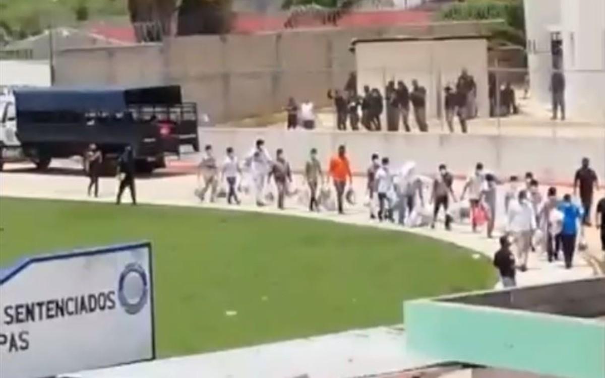 IMAGEN DEL DÍA | Liberan a normalistas de Puebla y de Mactumactzá